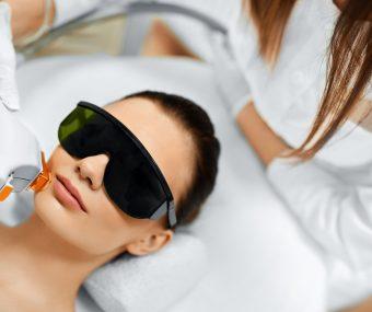 IPL photorejuvenation facial to treat skin redness